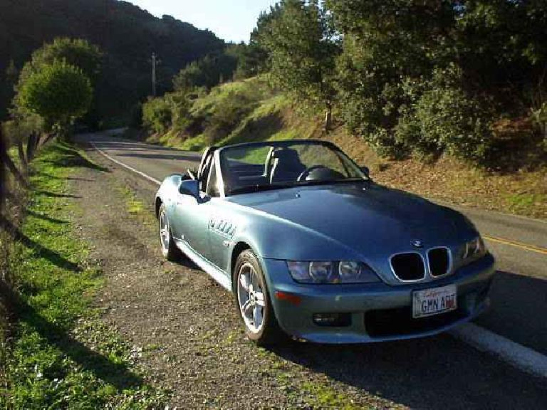 Lina at the top of Palomares Canyon on a beautiful February day.  Classic motoring at its finest, in the finest vehicle I've ever had the pleasure of having.  Here's to you, Lina! (February 1, 2003)
