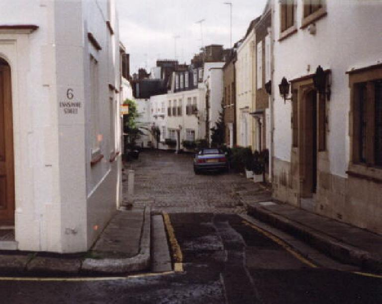 Notting Hill. (September 24, 1999)
