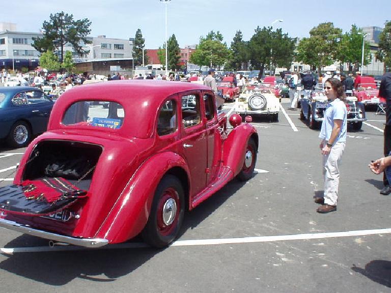 MG sedan.