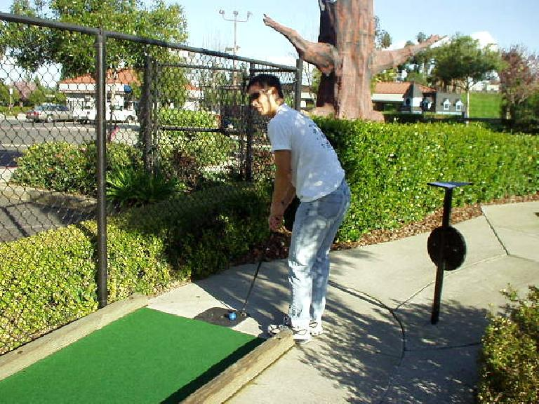 Tiger Woods, here I come.  Felix Wong and his clearly superior putting skills (haha again).