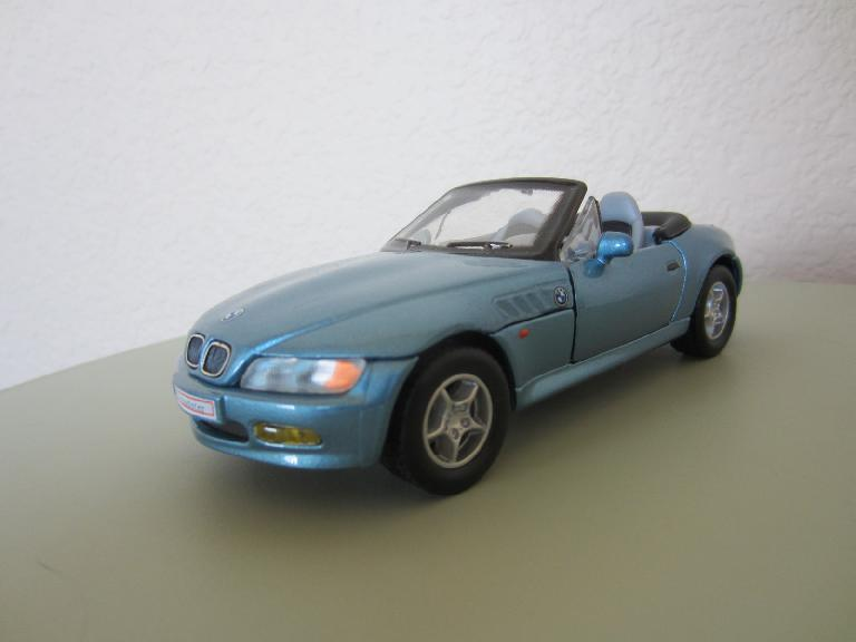 A 1:28 BMW Z3 in the same Atlanta Metallic Blue that mine was.  Technically this model was an earlier year than my 2000 Z3 2.3, but looks similar except for having less curvaceous rear fenders.