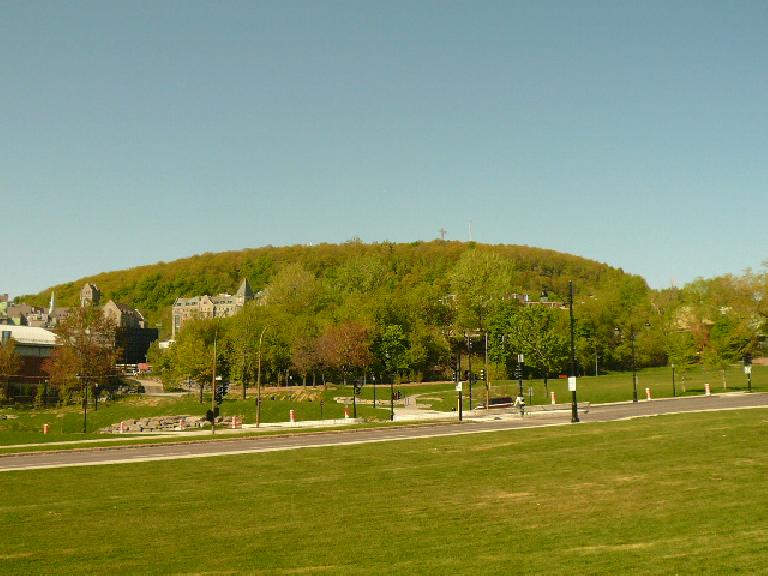 The view of Mont-Royal from Le Plateau. (May 17, 2008)