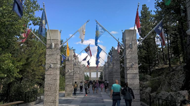 flags, Mount Rushmore