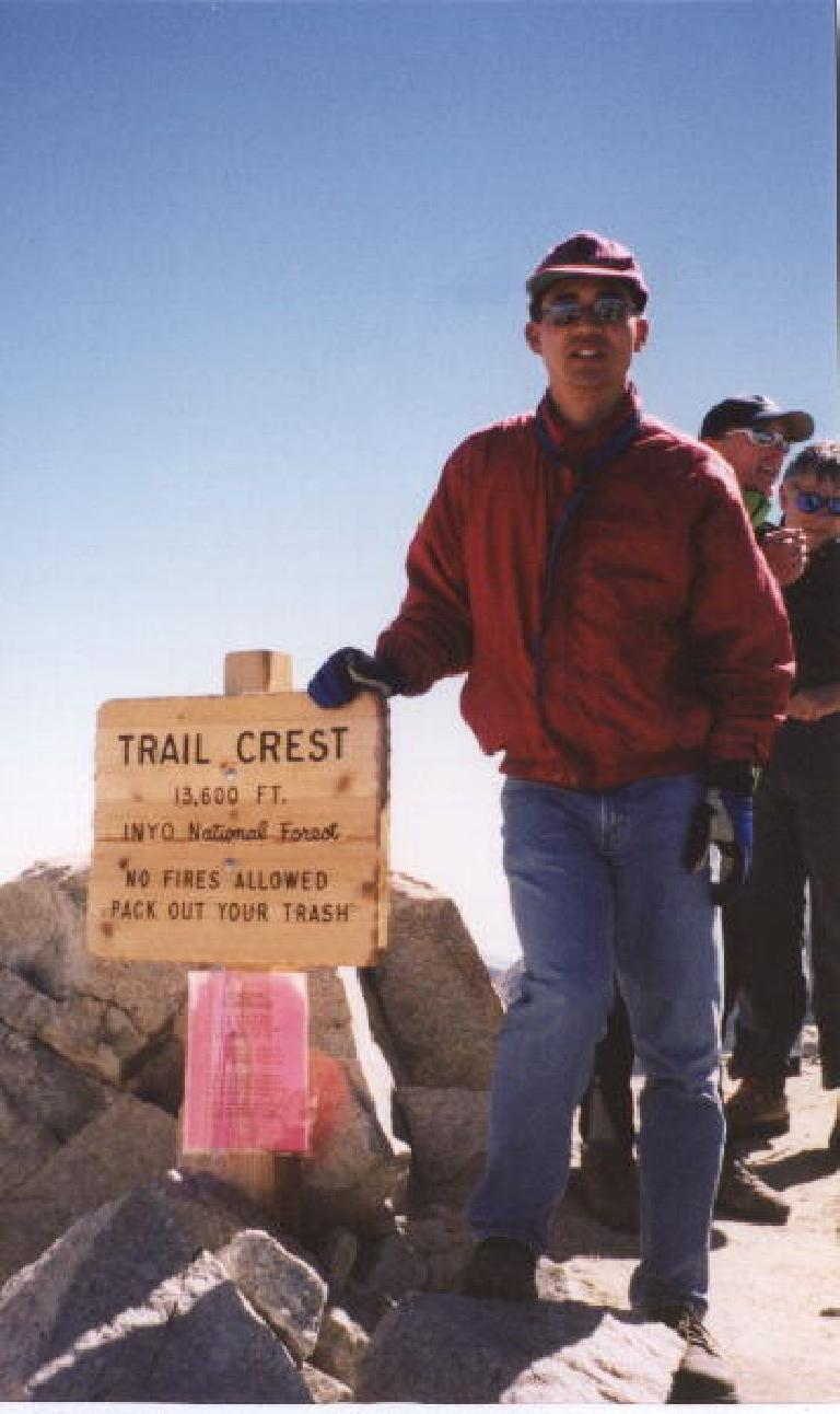 Felix Wong at the Trail Crest at 13,777 ft (10:40 a.m.). Just 2 miles to the top!