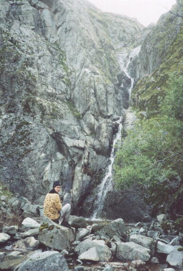 We found it!  Murietta Falls, the highest falls (at >3000 feet) in the Bay Area! (January 27, 2002)