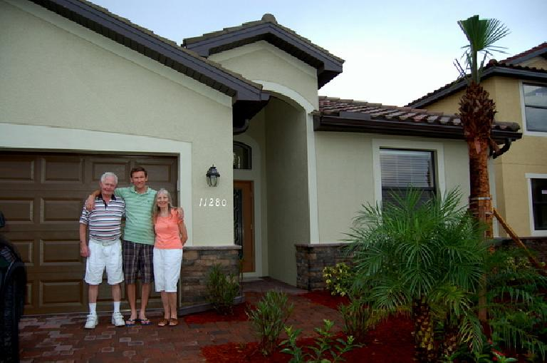 The Vails all settled into their brand spanking new home in Fort Meyers, Florida. (July 2012) (July 23, 2012)