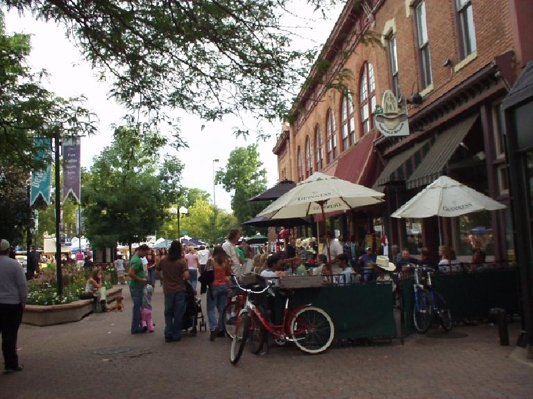 Old Town was as busy as ever with patrons dining al fresco.