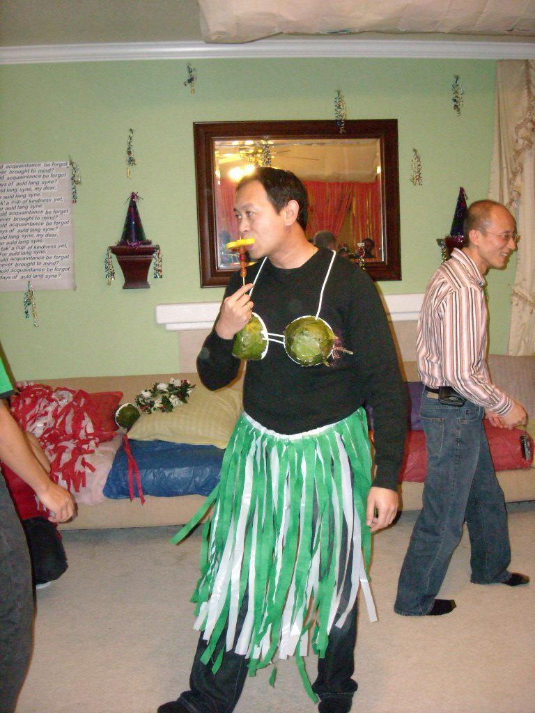 Bandy eating, not dancing!
