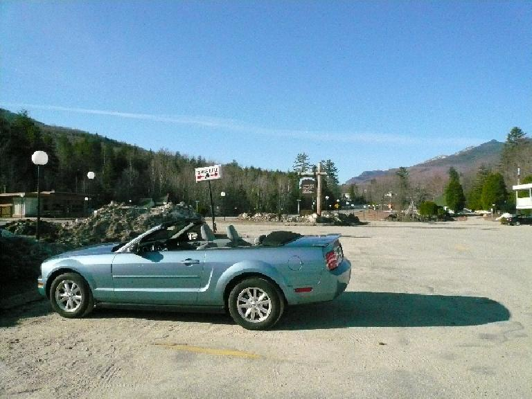 The Mustang in Lincoln, NH for a quick breather, not too far south of Franconia Notch State Park.