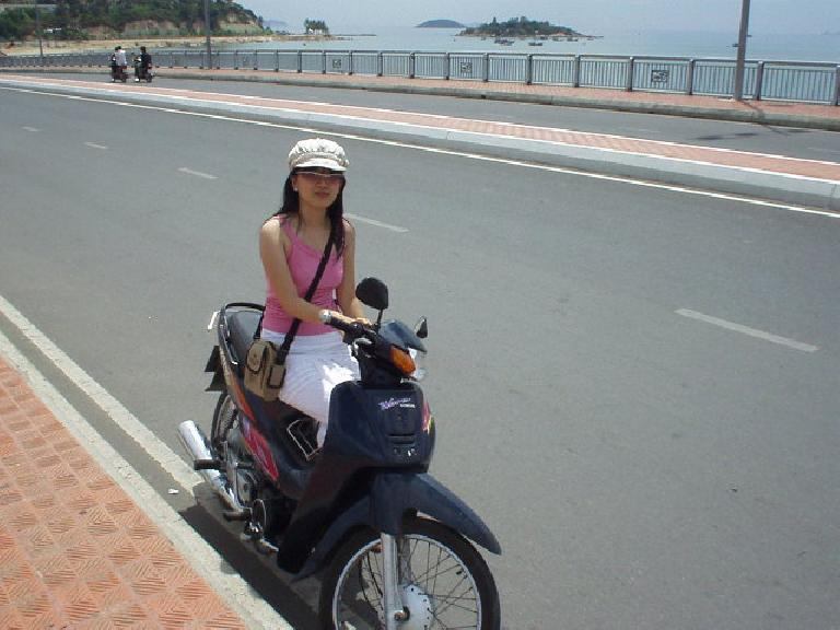 Kristy took me around Nha Trang on her Honda Wave. (July 14, 2006)
