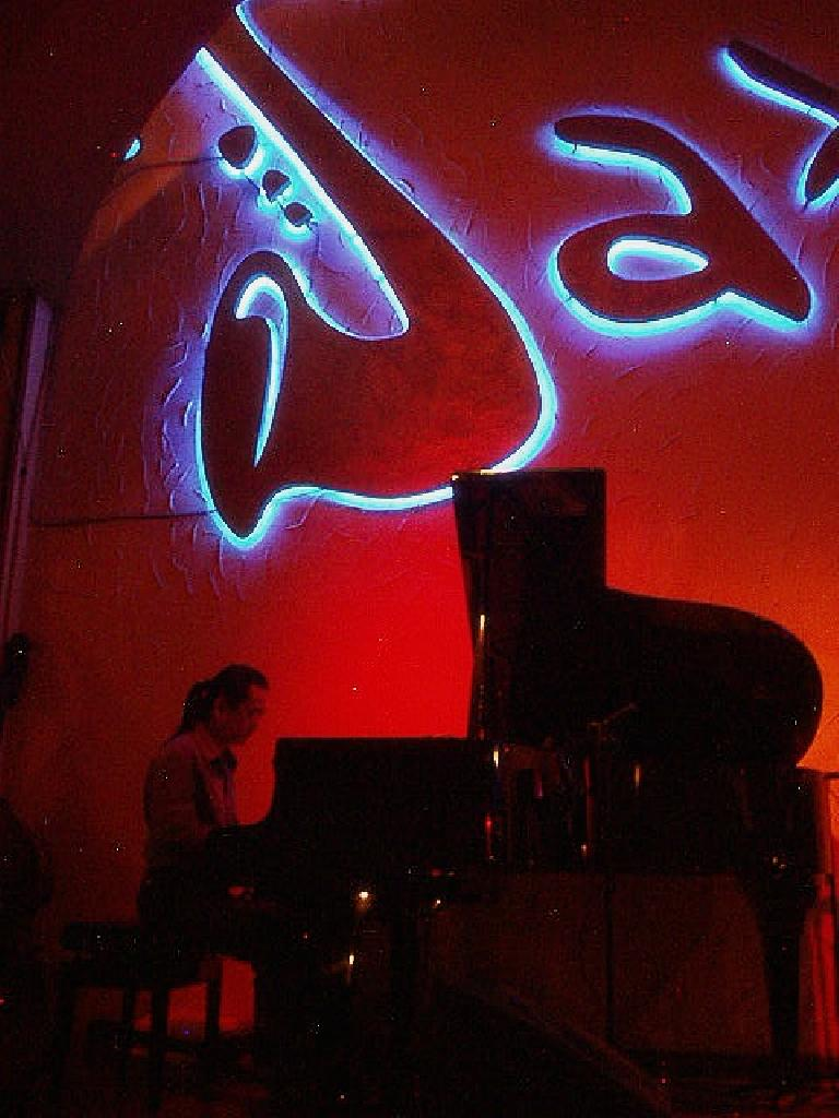 The piano guy at the Sax n'Art Jazz Club in Saigon made me want to learn how to play jazz piano.