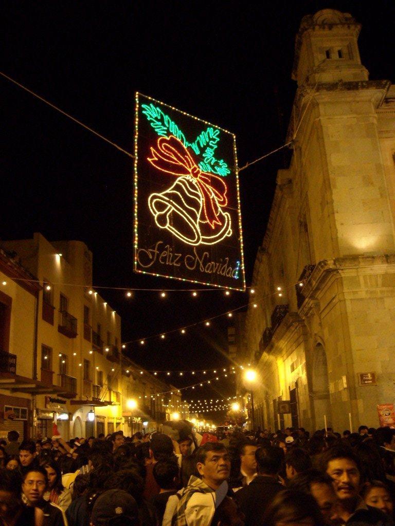 A Feliz Navidad sign at the Z