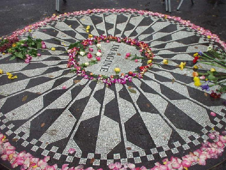 The John Lenon memorial in Central Park.