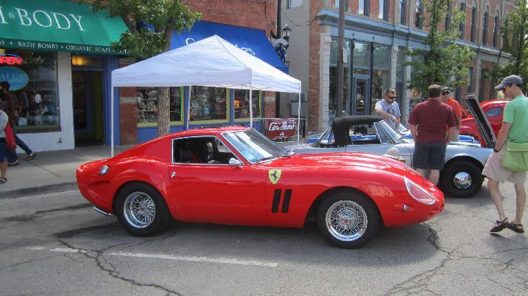 red Ferrari GTO