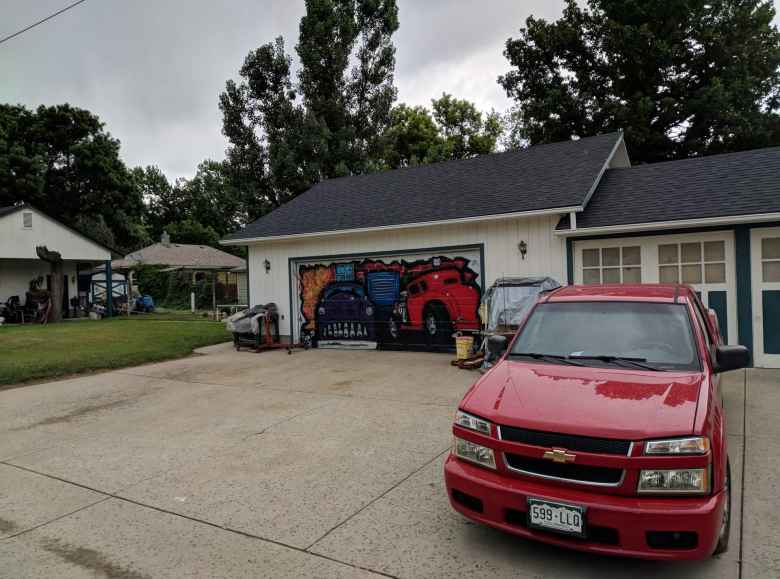 One of the homes on the Maple Bikeway had a truck motif painted on their garage.
