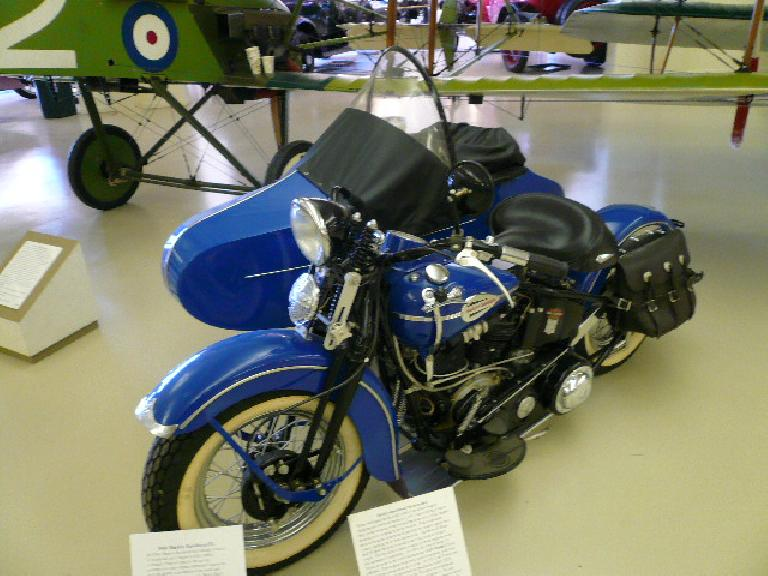 "The 1941 Harey-Davidson EL featured a ""knucklehead"" twin-V motor.  This bike was fitted with a sidecar after purchase."