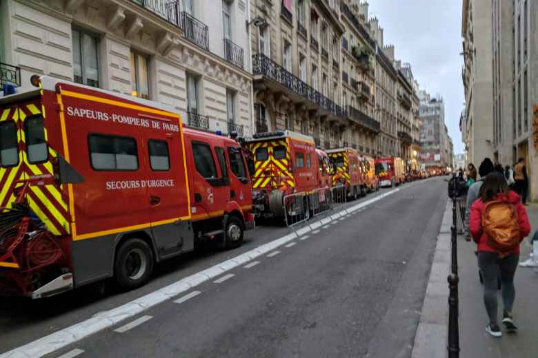 On the 19th consecutive weekend of Yellow Vest protests, there were lots of firetrucks and law enforcement everywhere.