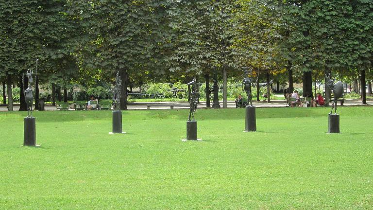 Le Jardin des Tuileries. (August 6, 2013)