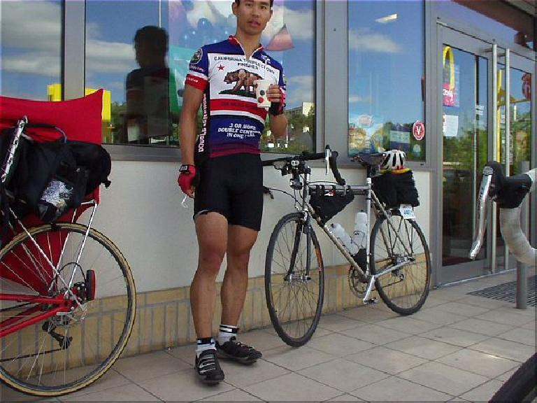 [KM 695, 43:08 elapsed, 5:08pm] ... and have a milkshake vanille. (August 20, 2003)