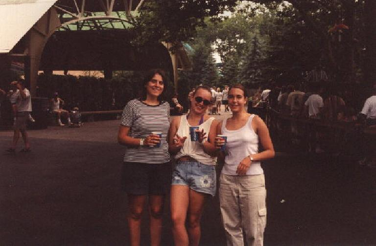 Free pepsi at Kennywood! (July 17, 1999)