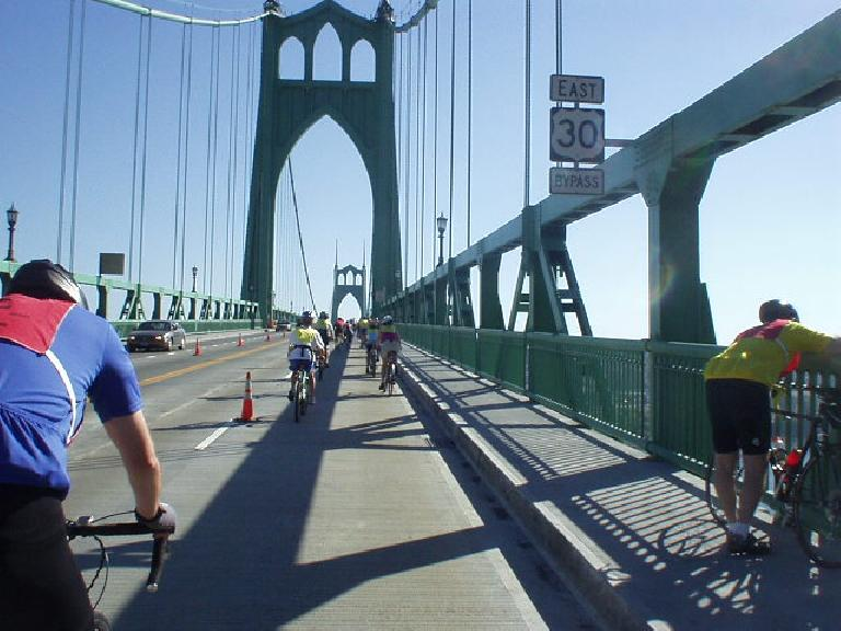 I heard that the designer of this bridge also designed the Golden Gate Bridge.