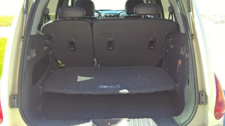 The PT Cruiser's parcel shelf in the middle position.