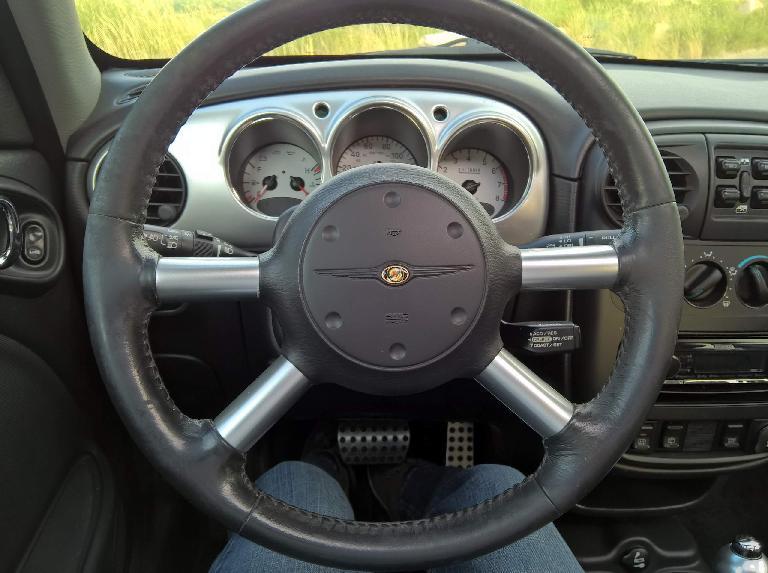 steering wheel, 2005 Chrysler PT Cruiser GT