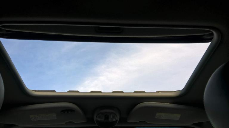 open sunroof, sky, 2005 Chrysler PT Cruiser GT