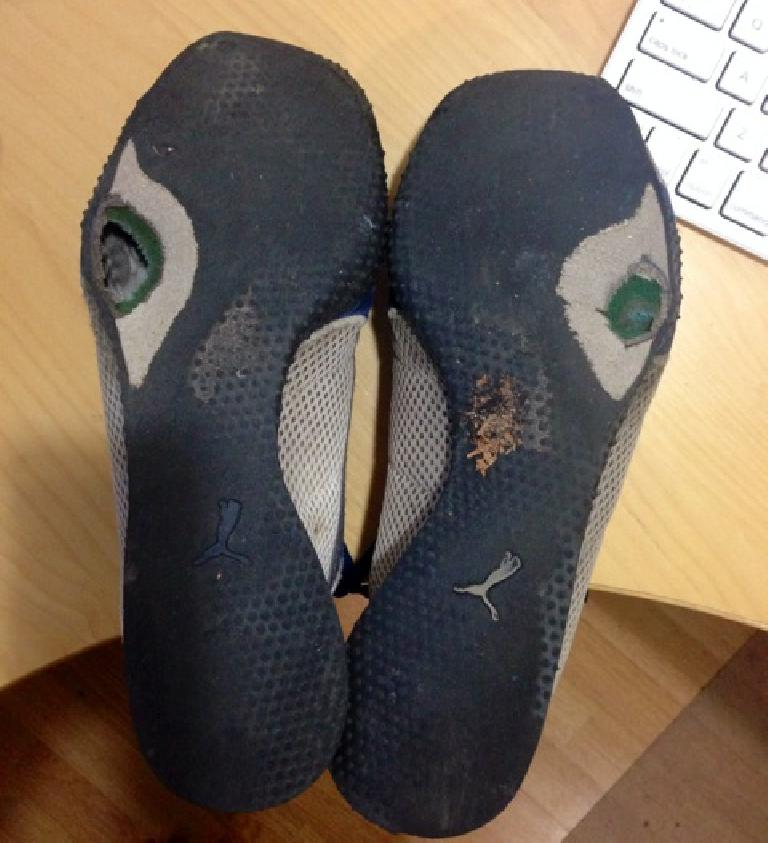 holes in soles of Puma H-Street shoes