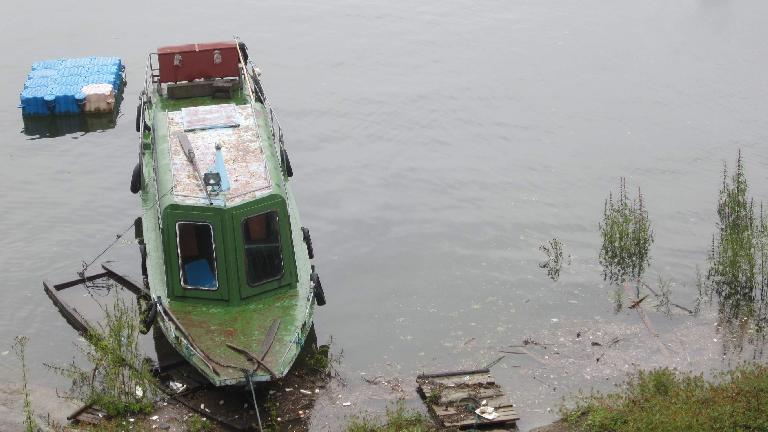 Boat in Thousand Island Lake.