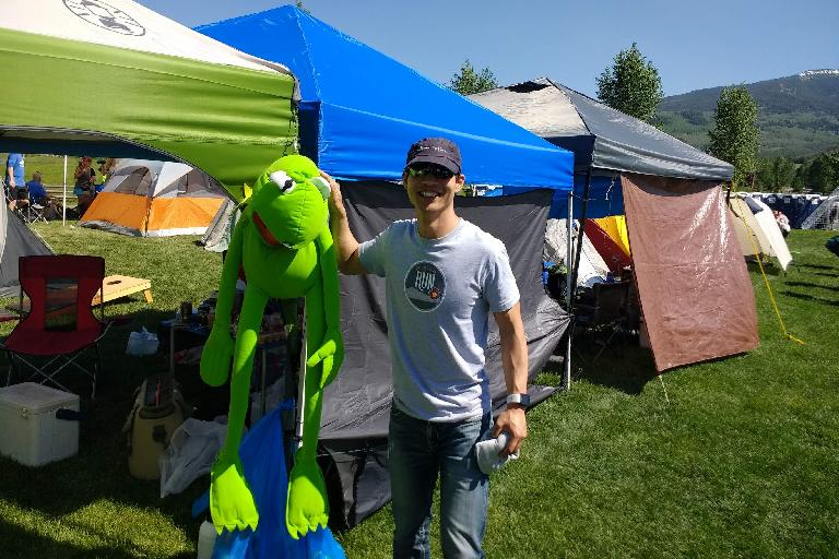 Felix Wong and Kermit the Frog at the Ragnar Snowmass village.