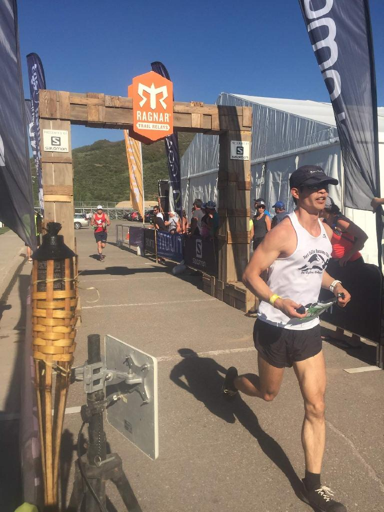 Felix Wong finishing his sixth and final leg at the 2017 Ragnar Snowmass Trail Relay.