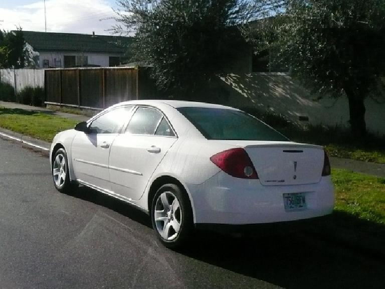 This Pontiac G6 had slick styling inside and out, surprisingly good materials and a stiff chassis.  It felt very refined and renewed my faith in GM. (January 4, 2008)