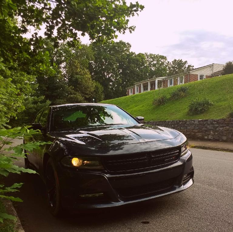 black 2017 Dodge Charger R/T with Hemi