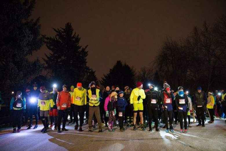 Runners at the start of the Resolution Run.