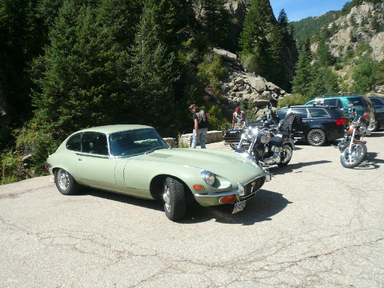 A Jaguar E-type (not part of our tour) was at Boulder Falls.