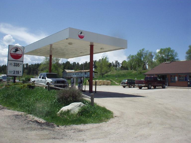 [Mile 94, 12:35pm] Checkpoint in Elbert.  Note the gas prices out here (and to think 3 months ago I was paying $2.25/gallon for mid-grade...)
