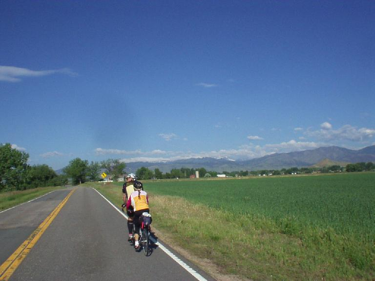 [Mile 64, 8:27am] Following Brent and Beth on their tandem towards the Rocky Mountains near Niwot.