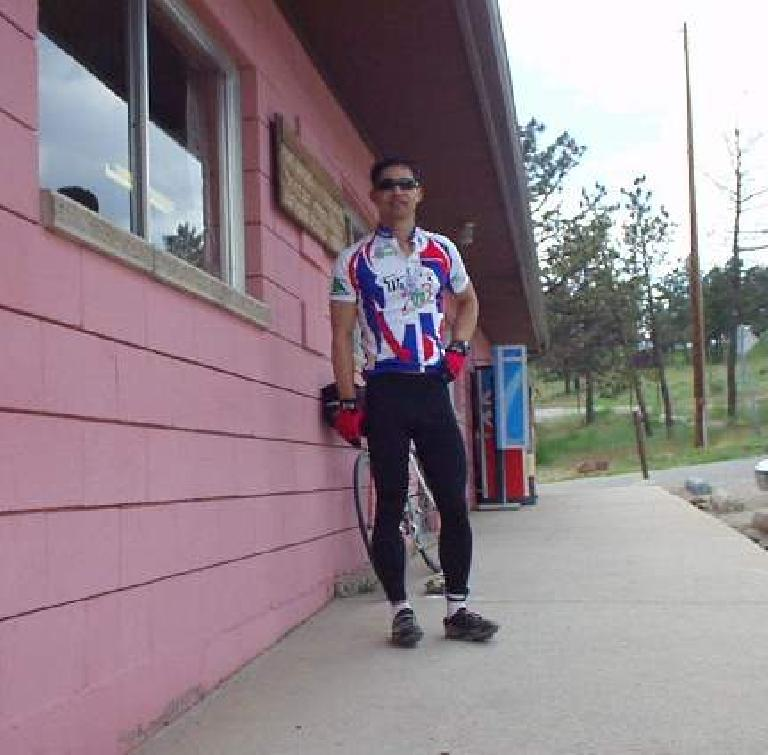 [Mile 138, 2:30pm] Felix Wong at the Marina Store checkpoint, spending lots of time to refuel.  The last leg was tiring.