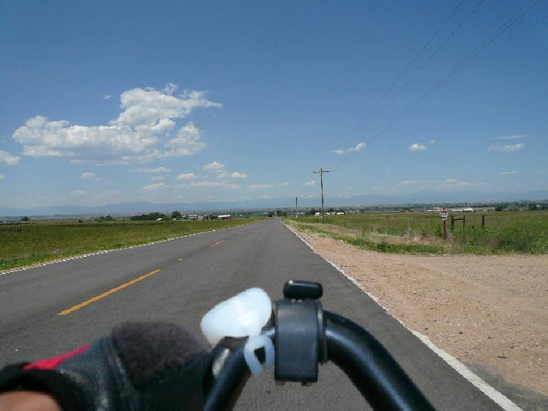 [Mile 341, 12:09 p.m.] How it looks like from the saddle.
