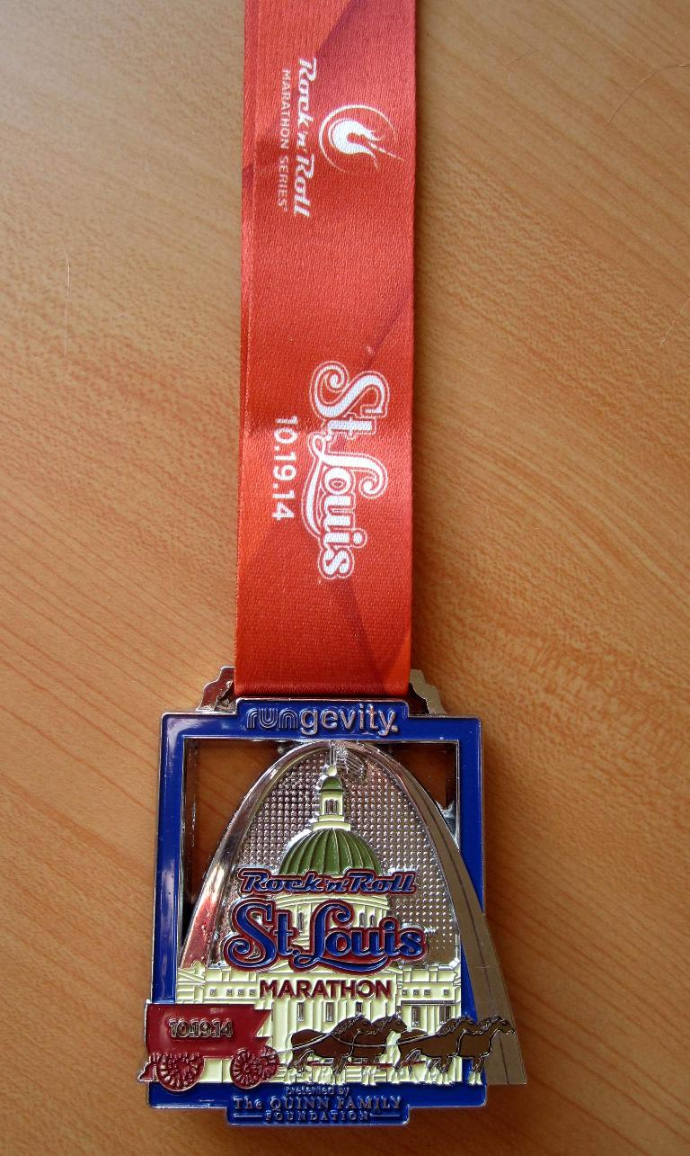 The medal awarded to finishers of the 2014 Rock 'n' Roll St. Louis Marathon.