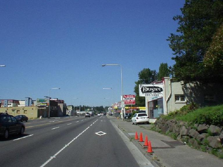 I biked over to Redmond from the UoW by going around the north end of Lake Washington.  This is Sandpoint Rd., I believe.