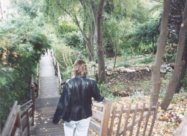 "Going through the ""backyards"" from Coit Tower in SF with Carolyn. (October 8, 2001)"