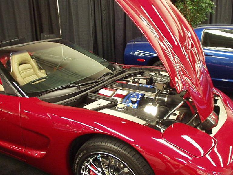 Check out the stars-and-stripes rocker covers on this C5 Corvette!