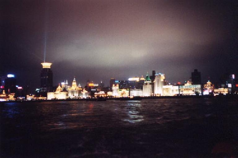 The view of the magnficent Bund at night. (June 7, 2002)