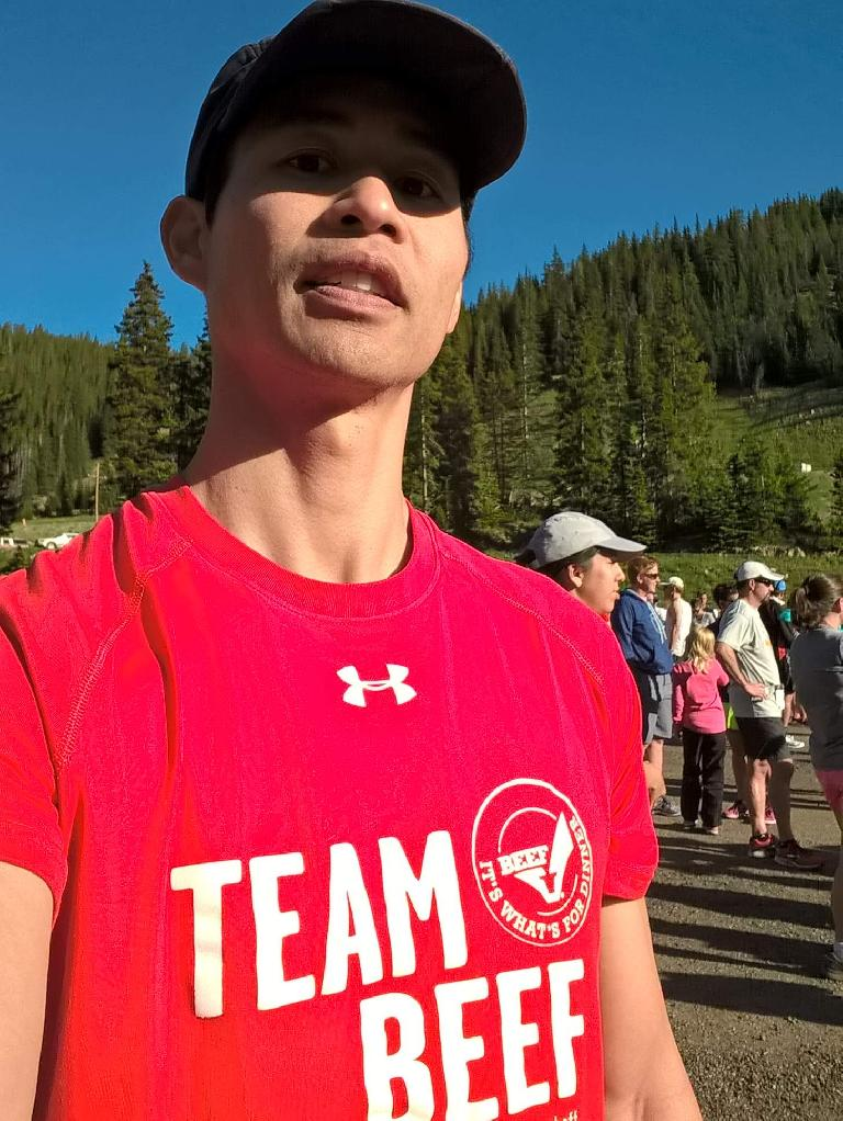 I ran with Team Beef as they paid for my entry fees for this race.