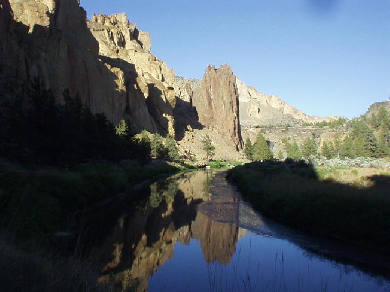 A stream runs by Smith Rock.