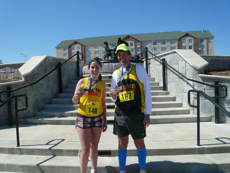 Dan and a fellow Marathon Maniac.