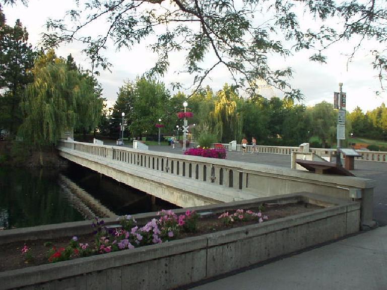 A bridge and flowers at Riverfront Park.