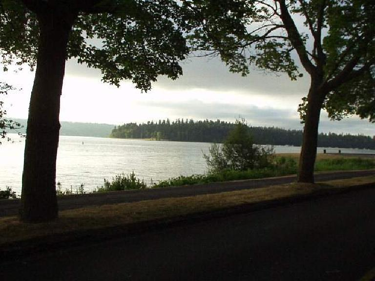[Day 1, Mile 10, 6:39 a.m.] The route south of Seattle by Lake Washington was absolutely gorgeous! (July 12, 2003)